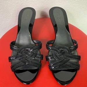 Cole Hana Kitten heel mule style sandal.